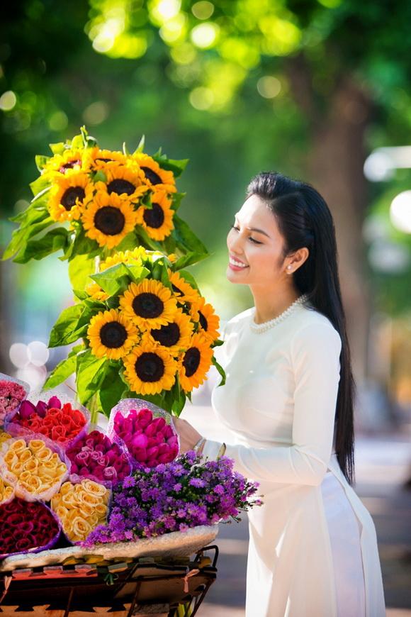 huyen-sam-612-8-ngoisao.vn-w580-h870 2