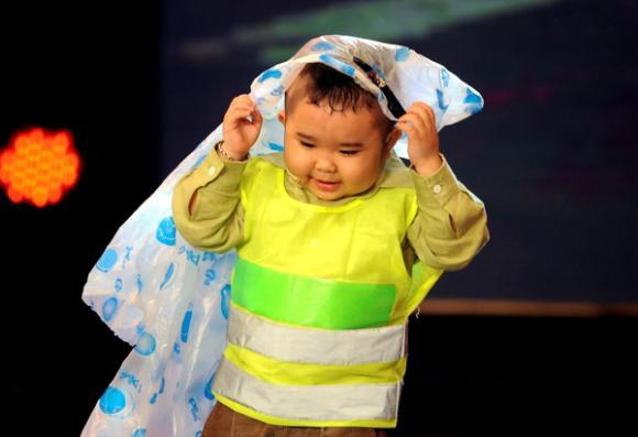 '. Những sao nhí Việt giúp gia đình đổi đời nhờ tiền cát sê cao phát hờn .'