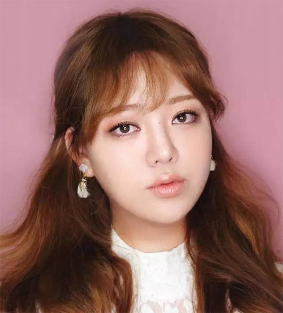 Mẹo trang điểm xinh xắn và đáng yêu như gái Hàn