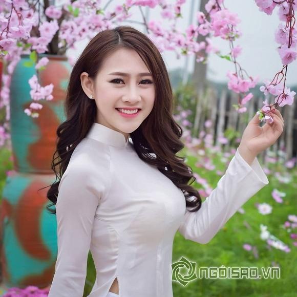 Hot girl và hot boy Việt 12/12: Thúy Vi đưa mẹ và em trai đi ăn nhà hàng, Salim dính nghi án sửa mũi