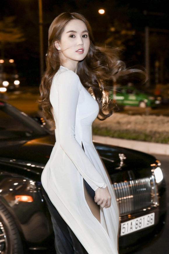 thời trang sao, áo dài đẹp, áo dài tết, sao việt mặc áo dài đẹp, mẫu áo dài đẹp mặc du xuân
