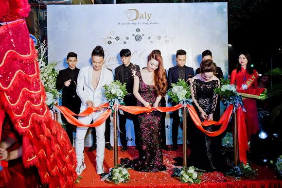 Daly Jewellers, Trang sức Daly Jewellers, Cao Thái Sơn