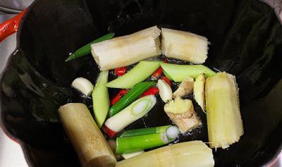 Cách làm món thịt ba chỉ kho mía đưa cơm ngày lạnh