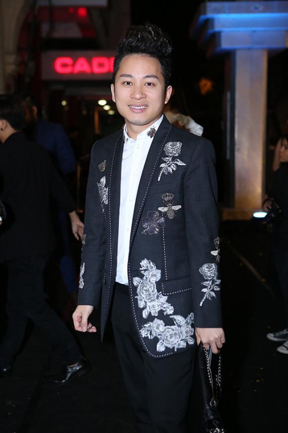 Dàn sao khủng của showbiz Việt xúng xính đi dự tiệc đêm
