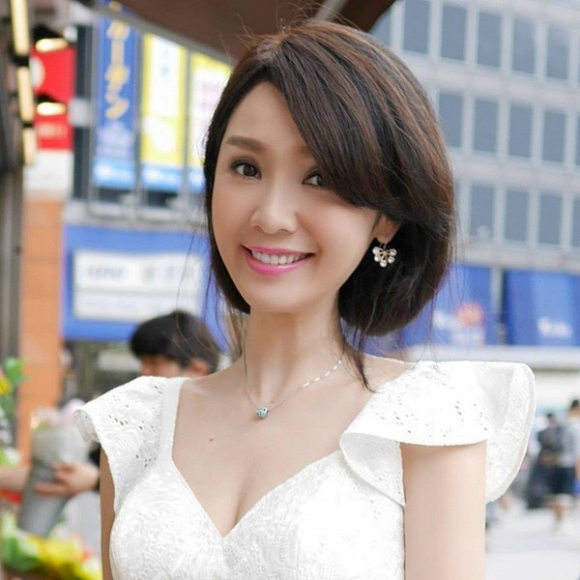 Helen Thanh Đào từng nổi tiếng thế nào trước khi lừa dối dư luận? 6