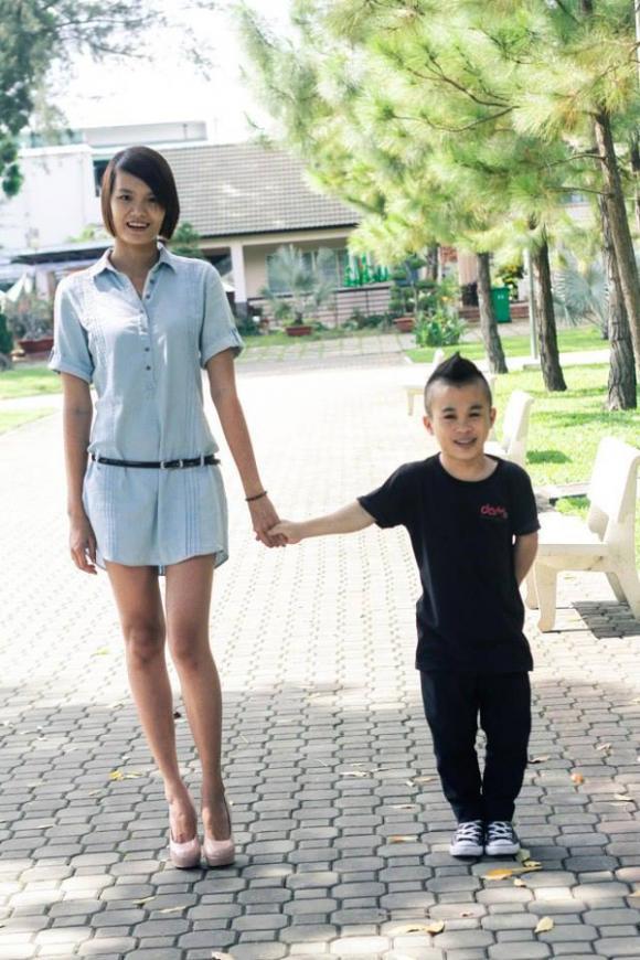 chú lùn Trần Xuân Tiến, Trần Xuân Tiến và bạn gái, Trần Xuân Tiến chia tay bạn gái người mẫu