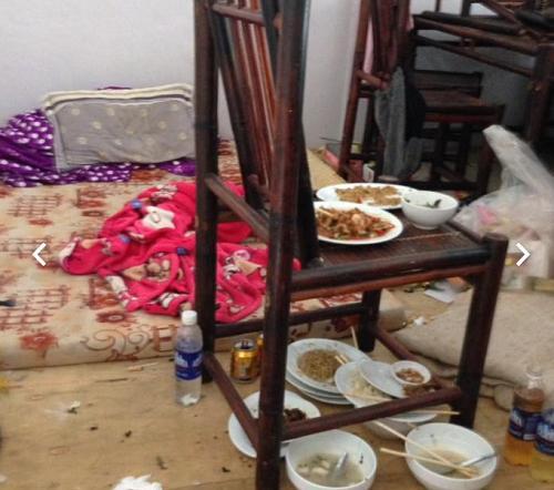 Một nữ sinh Bắc Giang bị chỉ trích vì để phòng trọ 'bẩn như chuồng lợn'