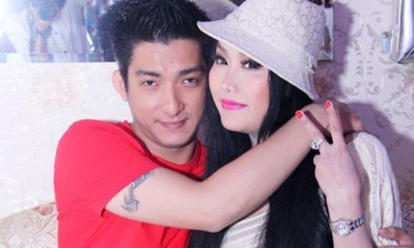 """Phi Thanh Vân """"Phát ngôn"""" gì sau khi chồng công khai ly hôn"""