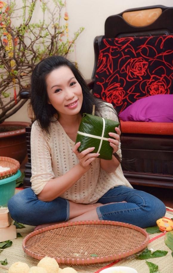 Á hậu Trịnh Kim Chi, gói bánh chưng, sao việt