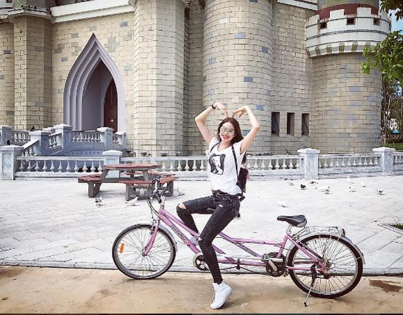 Thu Thảo, Phạm Hương: Hai nàng Hoa hậu càng giản dị càng đẹp