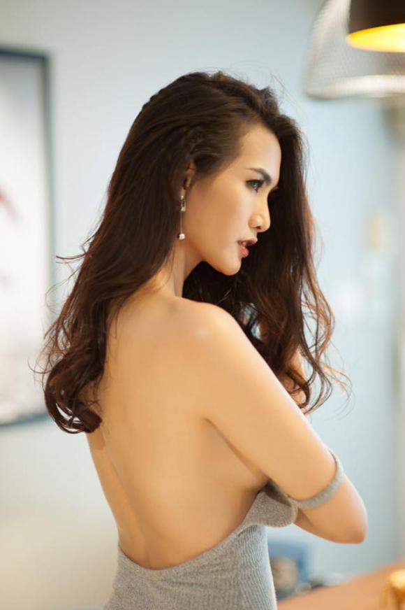 Diễn viên Anh Thư gợi cảm khi diện váy bó sát