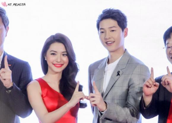 ,diễn viên Song Joong Ki,Đại úy Song Joong Ki nam tính và phong độ, sao Hàn