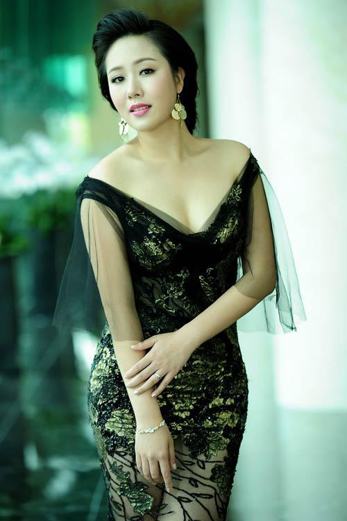Hoa hậu, Đặng Thu Thảo, Lan Khuê, Thanh Tú, sao  Việt, nàng hậu, ngọc nữ, ngọc hân, ngô phương lan, thanh tú