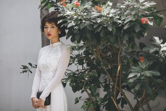 Người mẫu bằng lăng,diễn viên bằng lăng,bằng lăng diện áo dài
