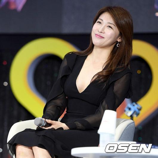 Ha Ji Won,diễn viên Ha Ji Won,thời trang thanh lịch của Ha Ji Won,nhan sắc của ha ji won, sao Hàn