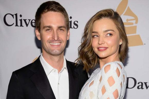Evan Spiegel, hôn phu của Miranda Kerr, Miranda Kerr, chồng sắp cưới Miranda Kerr, tỷ phú Evan Spiegel