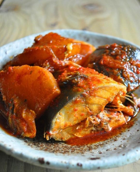 cá kho kiểu Hàn Quốc