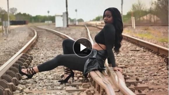 Fredzania Thompson, người mẫu qua đời, người mẫu bị tai nạn