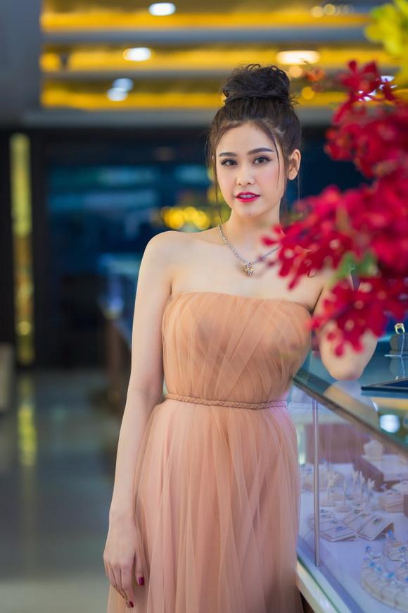 Tuần lễ Kim cương & Đá quý SJC, Trương Quỳnh Anh, Kim cương & Đá quý SJC