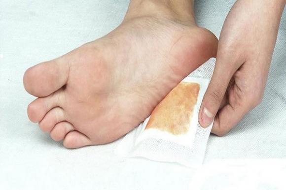 thanh lọc cơ thể, ngâm chân, giảm cân, chân, thanh lọc qua đường chân