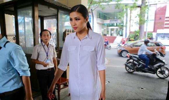 Nguyễn Thị Thành, nguyễn thị thành thi chui, nguyễn thị thành bị cấm diễn, miss eco international 2017