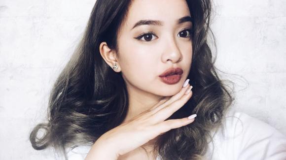 Nhan sắc quyến rũ của 'bông hồng lai' Kaity Nguyễn