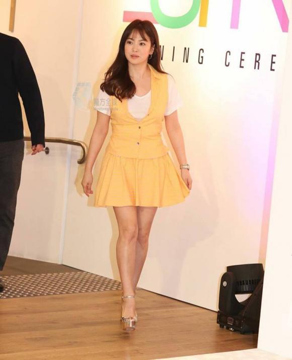 ,nữ diễn viên song hye kyo,Diễn viên Song Hye Kyo,Song Hye Kyo thời trang,vẻ đẹp trong sáng của Song Hye Kyo, sao Hàn