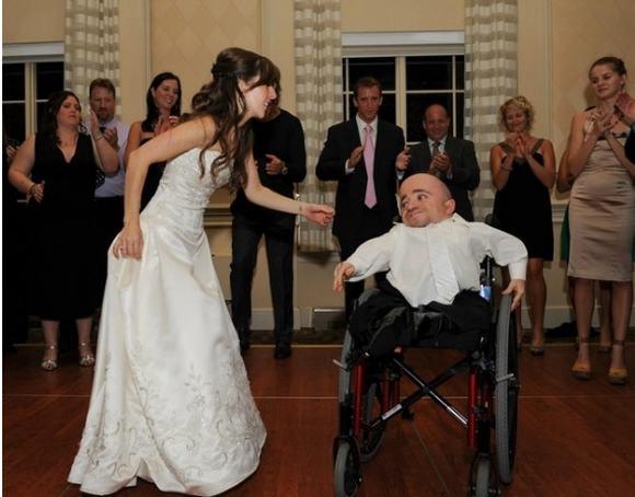 lấy chồng, xinh đẹp, cô gái xinh đẹp, khuyết tật