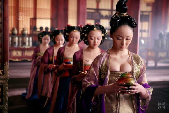 Phương pháp cổ xưa xác định người con gái còn trinh hay không