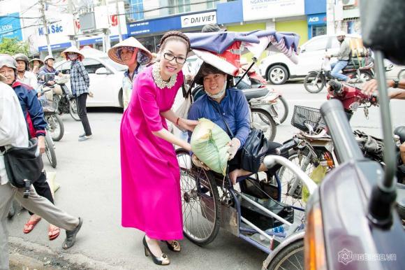 Hoa hậu Phu nhân Bùi Thị Hà, Hoa hậu Bùi Thị Hà, Bùi Thị Hà, Sao Việt