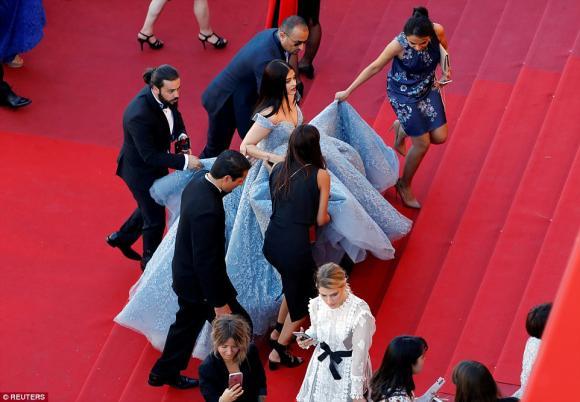 thảm đỏ LHP Cannes,nữ ca sĩ rihanna,siêu mẫu Bella Hadid,Hoa hậu Aishwarya Rai, sao Hollywood