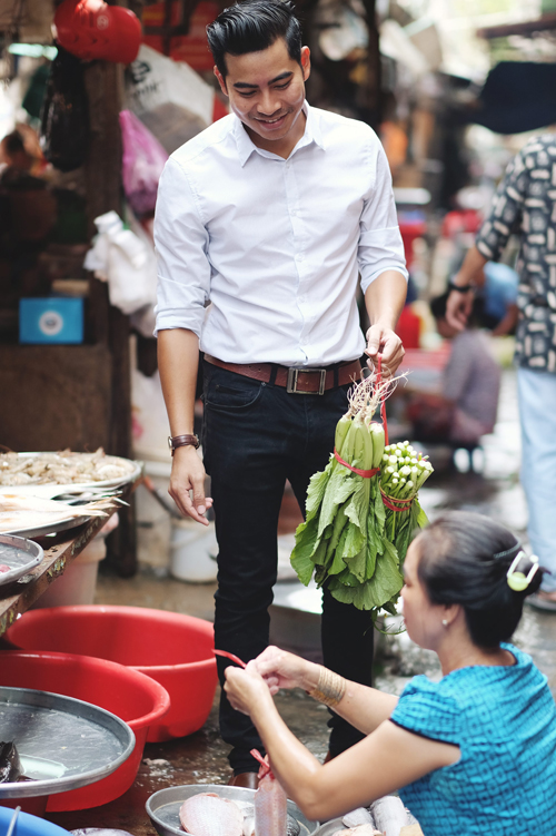 Gio moi hieutai sao Thanh Binh lai 'gianh' viec nau nuong voi Ngoc Lan