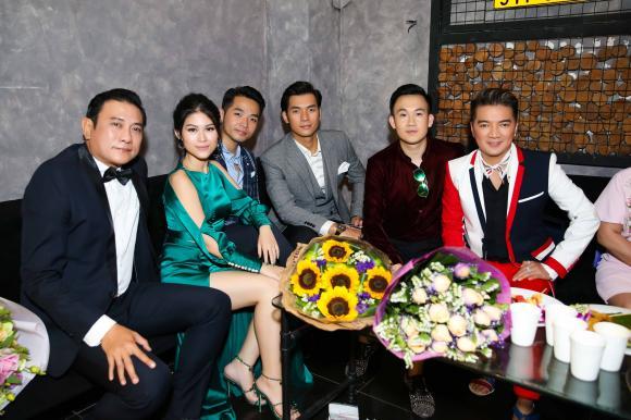 Trang Trần, người mẫu Trang Trần, scandal trang trần, đảo của dân ngụ cư, sao việt