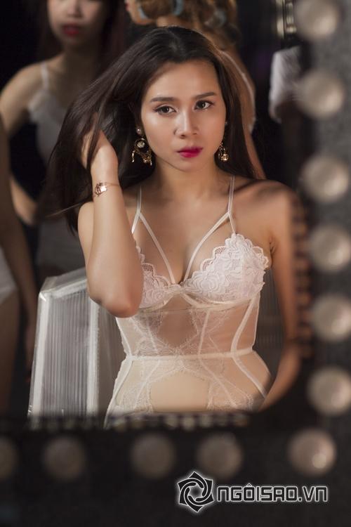 luu-huong-giang-len-doi-nhan-sac-25-ngoisao.vn-w500-h750.stamp2