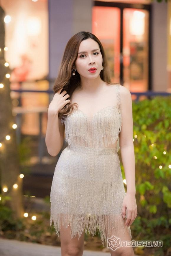 luu-huong-giang-len-doi-nhan-sac-29-ngoisao.vn-w660-h989.stamp2