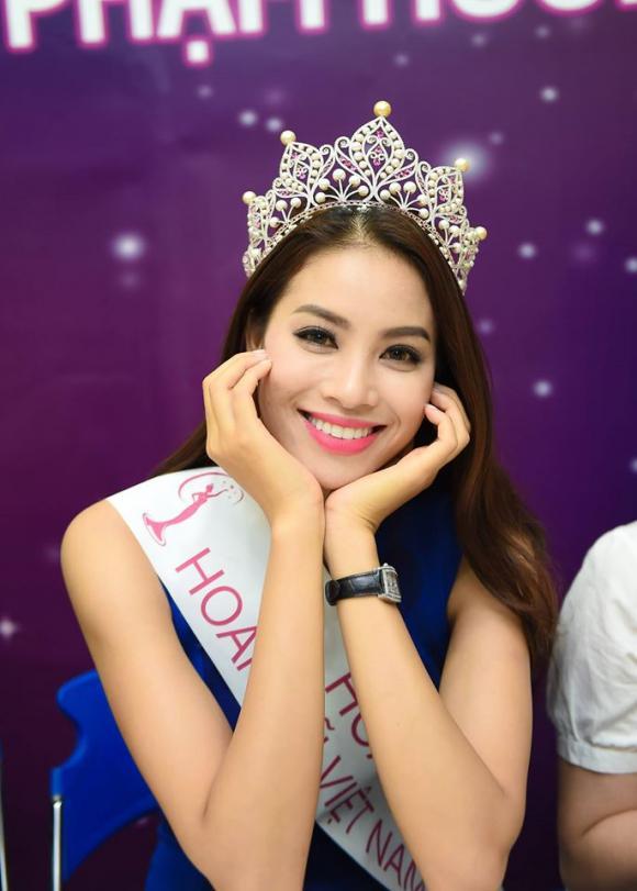 chuyện làng sao,sao Việt,Yến Trang,Phương Tring Jolie,Ngọc Trinh,Pha Lê,Midu