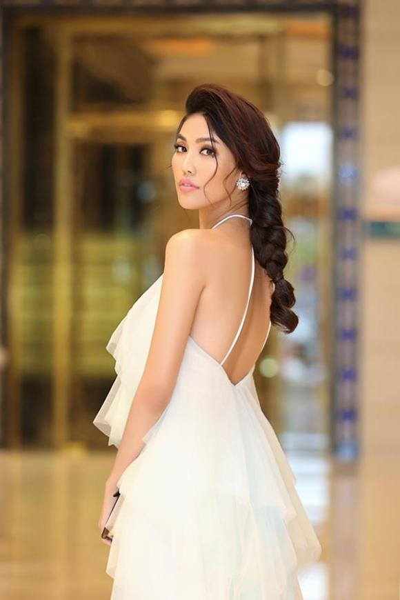 thời trang sao,sao Việt,Lan Khuê,Tú Hảo,The Face 2017