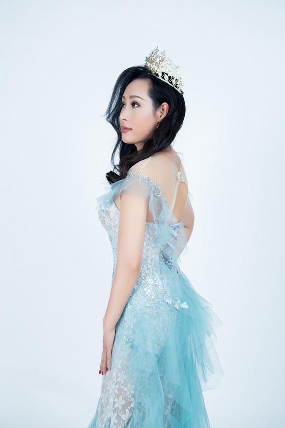 Mrs Universe, Hoa hậu Hoàn vũ Thế giới 2017, Hạnh Lê, Sao Việt