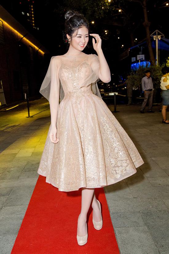 thời trang sao,sao Việt,nữ hoàng thảm đỏ,sao Việt mặc đẹp,nữ hoàng thảm đỏ showbiz Việt