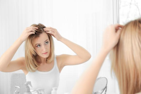 tóc, biểu hiện của tóc, đoán bệnh qua biểu hiện của tóc, tóc có gàu, tóc mỏng, tóc khô,chăm sóc sức khỏe