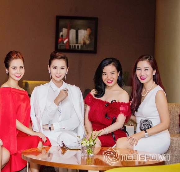Diễn viên lã thanh huyền,người đẹp thế kỷ 21 lã thanh huyền,lã thanh huyền lái xe sang,thời trang sao,sao Việt