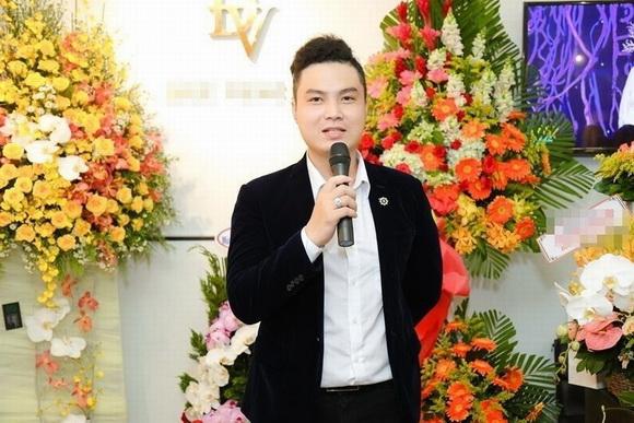 NTK Đức Vincie, Người mẫu Kim Dung, Sao Việt