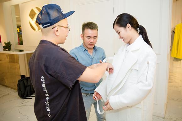 Đông Nhi nhờ cậy NTK trong nước để tỏa sáng tại Asia Song Festival 2017