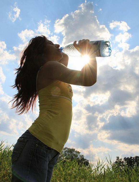 nước ấm,sức khỏe,chăm sóc sức khỏe