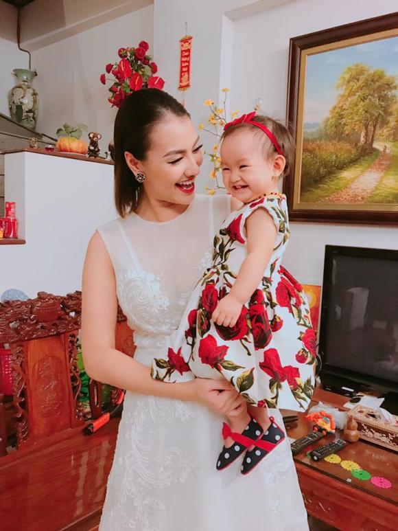 chuyện làng sao,sao Việt,Hồng Quế,con gái Hồng Quế,bé Cherry,người mẫu Hồng Quế