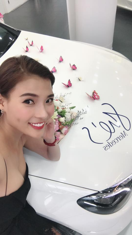 chuyện làng sao,nữ diễn viên thúy diễm,diễn viên Lương Thế Thành,Lương Thế Thành và Thúy Diễm, lương thế thành tặng xe cho vợ, sao Việt
