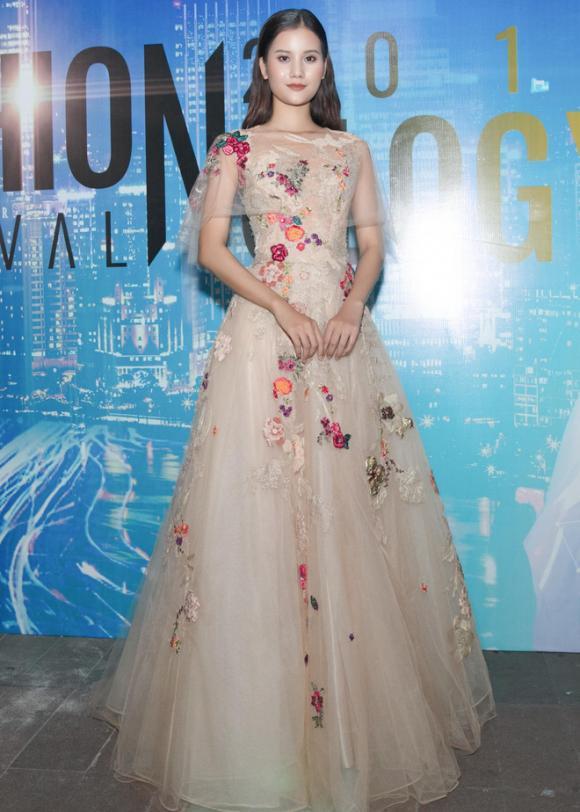 thời trang sao,sao Việt,nữ hoàng thảm đỏ,sao Việt mặc đẹp,nữ hoàng thảm đỏ sao Việt