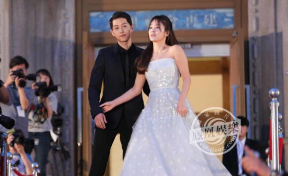 chuyện làng sao,Song Joong Ki và Song Hye Kyo làm đám cưới,Song Joong Ki và Song Hye Kyo, song hye kyo và song joong ki đi tuần trăng mật, sao Hàn