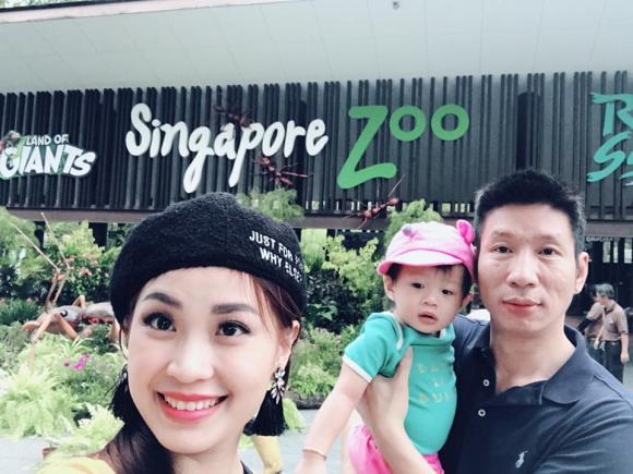 á hậu diễm trang, gia đình diễm trang đi singapore, diễm trang và ông xã đại gia