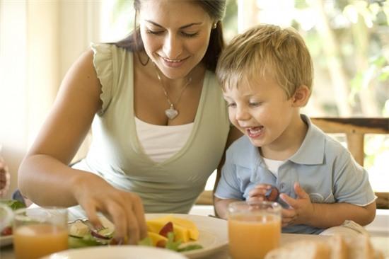 Thực phẩm tốt cho trẻ, Thực phẩm giúp trẻ thông minh, cho trẻ ăn đúng cách